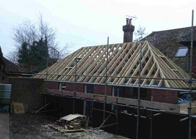 Cut-and-picthed-roof,-Upper-Dicker,-East-Sussex