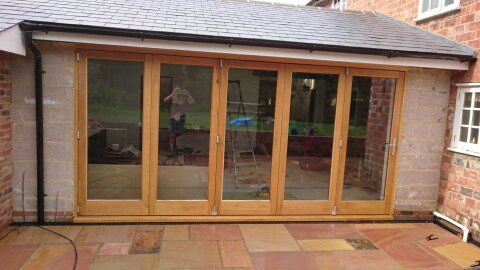 Oak bifolds, extension in Robertsbridge, East Sussex